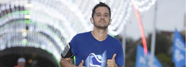 Ricardo perdeu 20 kg correndo pelo mundo