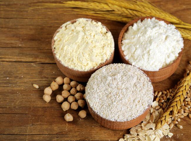 Alternativas de farinhas saudáveis para substituir nas receitas