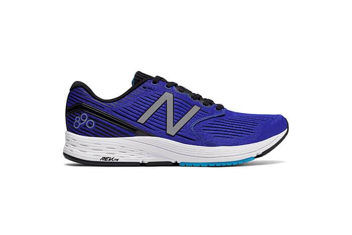 8c61f13cf2b New Balance 890V6. A New Balance tem mais uma novidade para os corredores   o 890V6 é o novo tênis de corrida da marca.