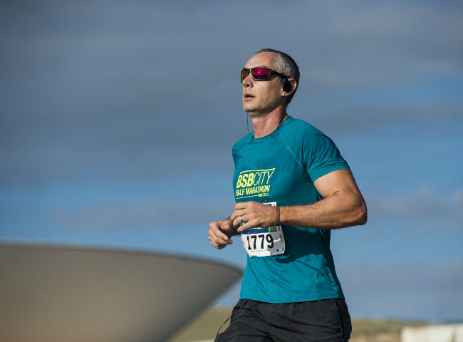 Corredor participando da Cosan BSB City Half Marathon